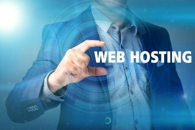 Qual è la differenza tra hosting condiviso e VPS server